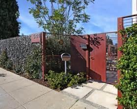 Design For Front Yard Fencing Ideas Fences Yard Decor House Landscape Design