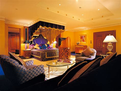 romantic bedroom decorating   home