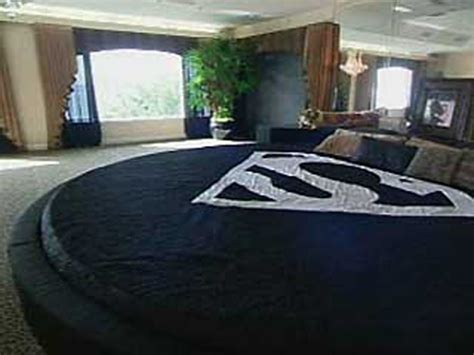 al jefferson bed the biggest bed in the world for the nba s tallest players