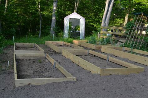 Vegetable Garden On A Slope Vegetable Gardening On A Slope Slope Allowing The