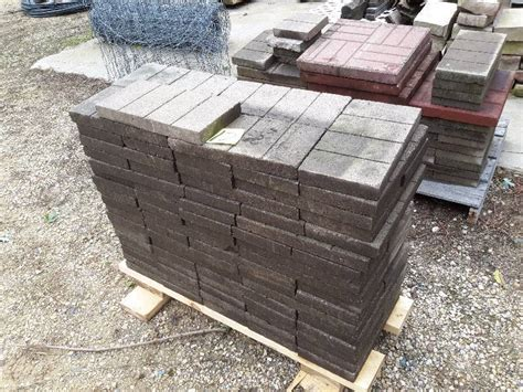 Patio Pavers Plus 150 7 1 2 In X 15 1 4 In Patio Pavers Plus 5 18 In X 18