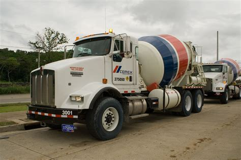 kenworth concrete truck kenworth cement mixer trucks heavyhauling kenworth