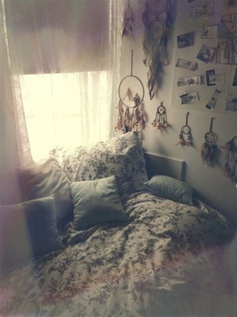 indie hipster bedroom idea dream catcher and comfy bed home accessory bedding home decor beds indie grunge