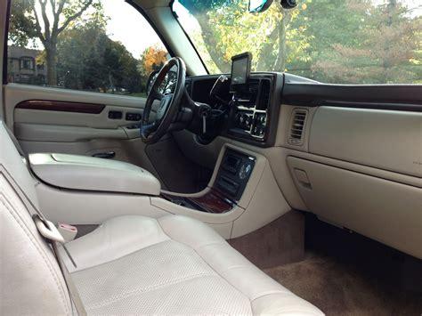 2002 Cadillac Escalade Interior by 2002 Cadillac Escalade Ext Pictures Cargurus