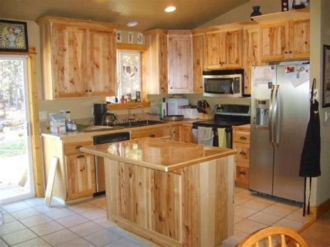 hickory wood cabinets kitchens best 25 hickory kitchen cabinets ideas on pinterest