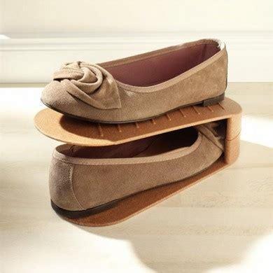Range Chaussure Gain De Place by Boite De Rangement Des Rangements Chaussures Gain De Place