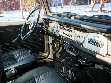 classic land cruiser interior bid on this classic 1978 toyota fj40 land cruiser right