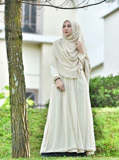 Baju Syari Vi gaya meski syari rancangan baju muslim vi tetap mod