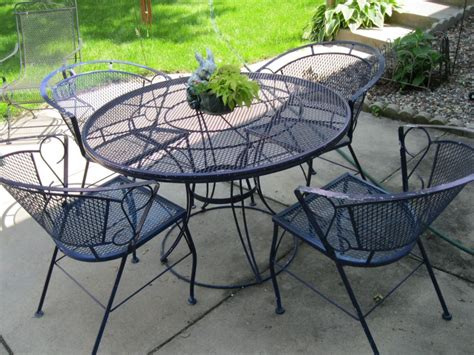 Iron Patio Tables Wrought Iron Patio Tables Crunchymustard