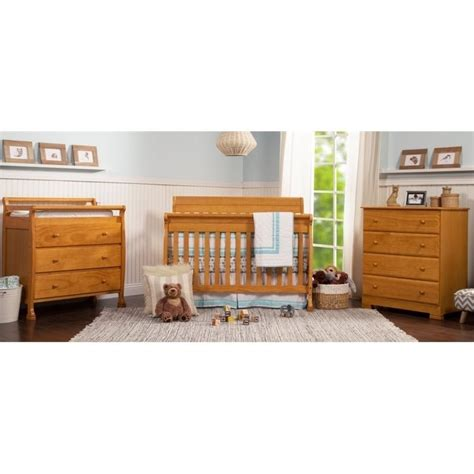 Honey Oak Changing Table Davinci Kalani Pine Wood 3 Drawer Changing Table In Honey Oak M5555o