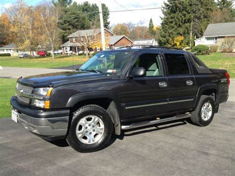 how cars run 2005 chevrolet avalanche 1500 spare parts catalogs buy used 2005 chevrolet avalanche 1500 z71 sport utility crew cab pickup 4 dr low miles in ilion