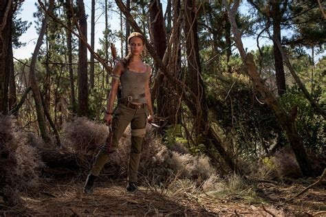 tomb raider news your source on lara croft games tombraider first look at alicia vikander as the new lara