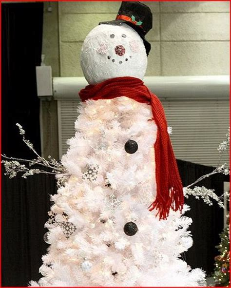 christmas tree decorated with snowmen 50 best outdoor decorating ideas 2016 pink lover