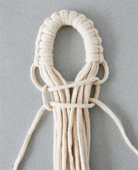 How To Make A Macrame Knot - 25 best ideas about macrame knots on macram 233