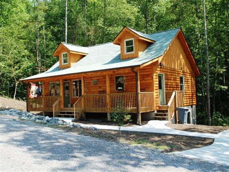 Cabin Rentals Near Hendersonville Nc hendersonville vacation rental vrbo 191157ha 2 br smoky mountains cabin in nc rooster ridge