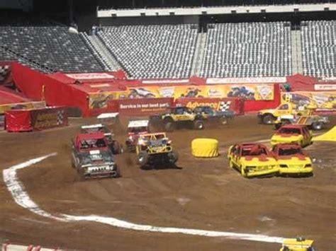 monster truck show metlife stadium monster jam metlife stadium pro arena trucks 2012 youtube
