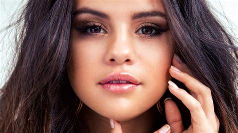 High Quality Premium Selena Bergo hd selena gomez wallpapers hdcoolwallpapers