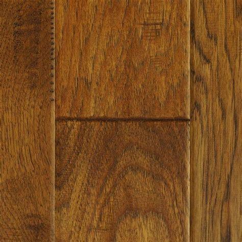 Hand Scraped Autumn Brown Hickory Wood Flooring