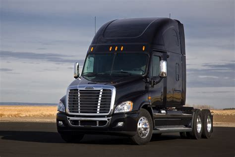 freightliner used trucks latest cars models freightliner cascadia