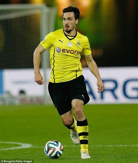 Borussia Dortmund Mats Hummels by Borussia Dortmund S Mats Hummels Made Captain Amid Arsenal