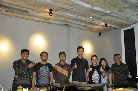 design community indonesia 99designs cafe returns to jakarta indonesia 99designs