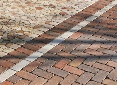 piastrelle autobloccanti per esterno foto pavimento esterno in autobloccanti di medison s a s