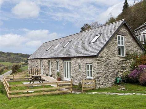 Bronnydd Tyddyn Ysgubor Bala Glan Yr Afon Self Cottages Wales