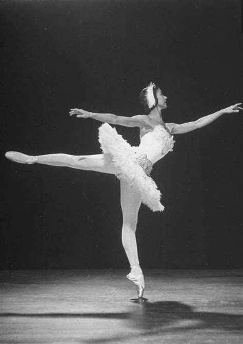 Beautiful Black and White Photos of Margot Fonteyn in