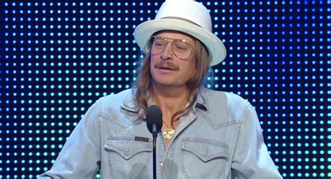 kid rock recent photos kid rock preaches unity during wwe hall of fame induction
