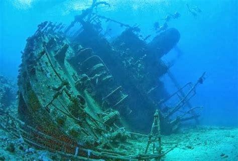 bermuda triangle underwater underwater pictures of bermuda triangle bottom secrets