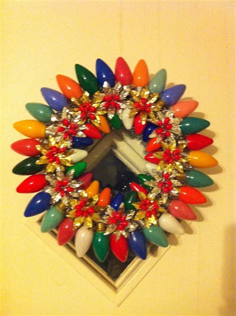 vintage christmas light bulb wreath my creations pinterest