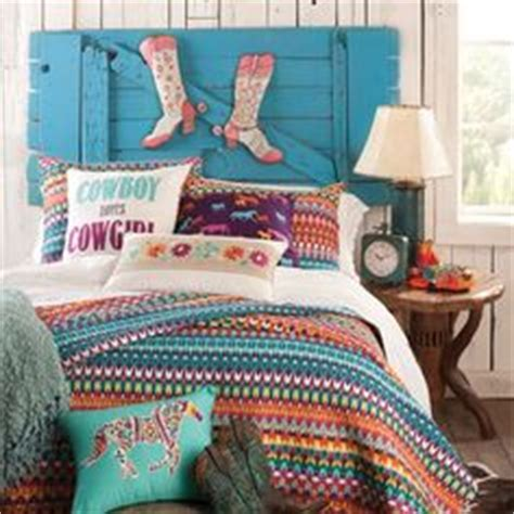 cowgirl bedrooms 1000 ideas about cowgirl room on pinterest horse themed
