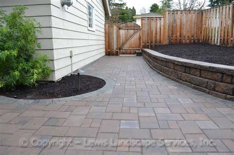 contemporary patio paving paver patio seat wall contemporary patio