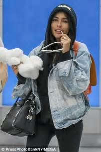 madison beer jets into nyc without lover brooklyn beckham