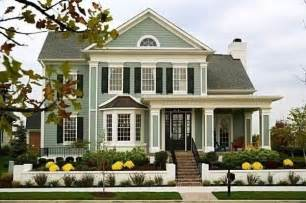 What Color Should I Paint My House Exterior Love The Sage Green Color Siding Houses Pinterest