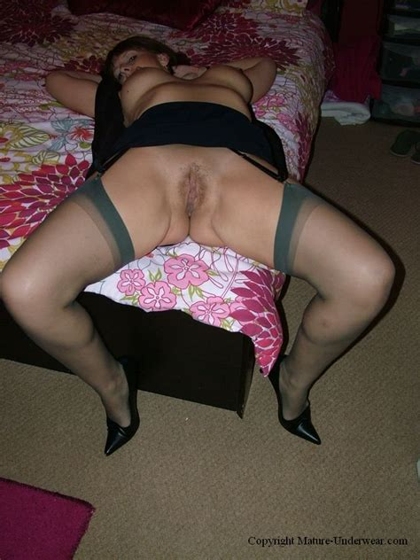 Super Sexy Plump Mature Moms Spreading Wide Xxx Dessert Picture