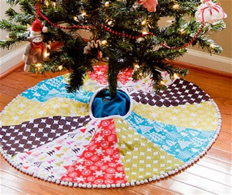 How To Make A Tree Skirt - made with paid with pennies j crewish tree skirt