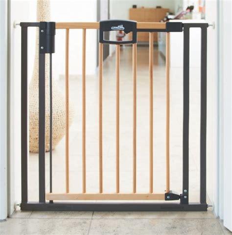 barriere escalier sans percer 3043 barri 232 re de s 233 curit 233 pour portes geuther easylock 68 76