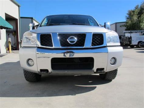 nissan titan dvd player purchase used 06 nissan titan le nav dvd sys 4x4 cd
