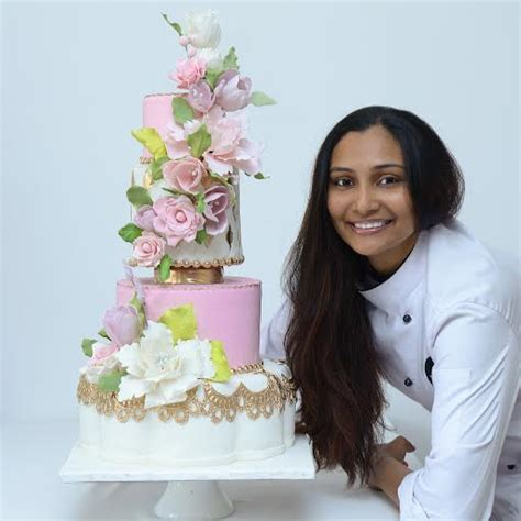 Wedding Cake Lewis by Wedding Cake Baker Gayu Lewis Of Sugarology Arabia Weddings