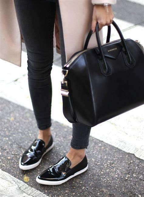 Givenchy Antigona Autumn 2017 Black Hardware With Karlito 21 best čierna kabelka black handbag images on