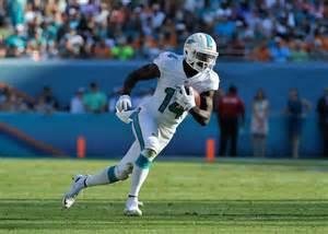 Video miami dolphins receiver impresses with one handed catches