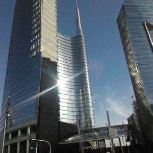 banche francesi in italia banche sostenibili vincono le francesi unicredit in coda