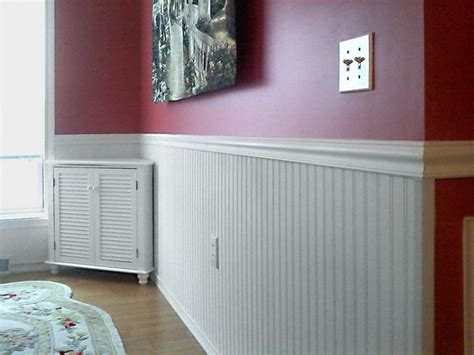 Images Of Wainscoting In Living Rooms Vinyl Wainscoting With Beautiful Carpet Flooring For