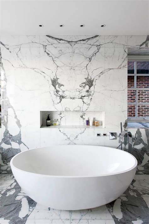 bathtub marble 10 sumptuous marble luxury bathrooms that will fascinate you