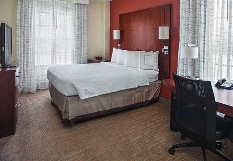 2 bedroom suites in maryland aberdeen pictures traveler photos of aberdeen md