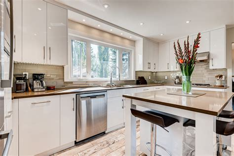 how to keep the cost of your calgary kitchen renovations
