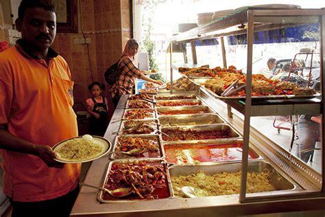 Meja Makan Gerai rahsia mengapa ramai orang suka makan di restoran mamak
