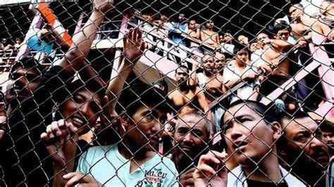 refugee boat australia advance australia fair the plight of refugees in