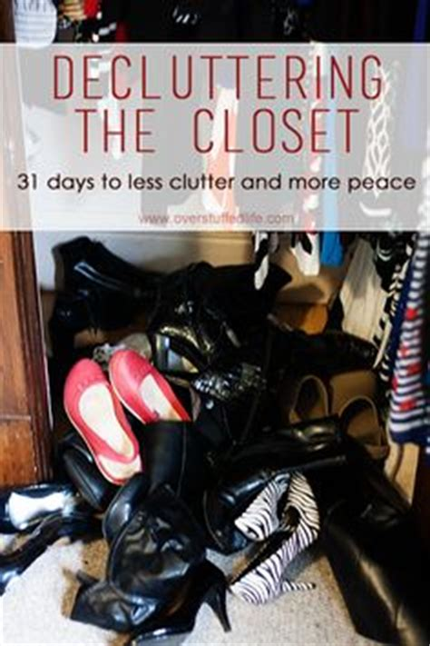 Tips For Decluttering Your Closet by Organize Closets Drawers On Linen Closets